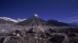 Everest Gokyo lake Trekking – 14 days